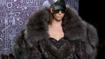 Style.com Fashion Shows - Viktor & Rolf: Fall 2010 Ready-to-Wear