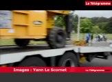 Vannes. Une quarantaine d'agriculteurs bloquent le centre Leclerc
