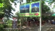 Entrance to Wat Maha Chedi Ban Krut Bang Saphan