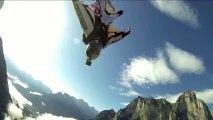 Petit vol au dessus de l'Italie en wingsuit