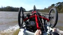 A pied, en kayak, en vélo