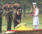 Sonia Gandhi, PM, President Pay Homage To Indira Gandhi Hindi