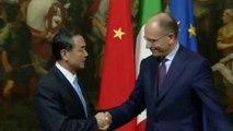 Roma - Letta incontra il Ministro degli Esteri cinese, Wang Yi (29.10.13)