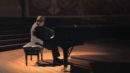 ...les sons et les parfums by Javier Perianes: C. Debussy - Clair de lune (Andante très expressif)