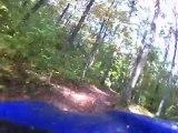 Yamaha 250 TTR vs quad dans les bois 2