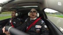 Le pilote aveugle Luc Costermans est au Pôle mécanique d'Alès pour l'association Passion partage