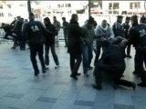 11 novembre: François Hollande hué par des manifestants d'extrême droite - 11/11