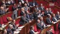 [ARCHIVE] Réforme des rythmes scolaires : réponse de Vincent Peillon à la députée Valérie Lacroute lors des questions au Gouvernement à l'Assemblée nationale, le 6 novembre 2013