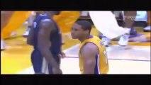 Lakers Xavier Henry met un DUNK de dingue au dessus de Jeff Withey des Pelicans! ENORME