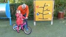 Issy les Moules,Marie Antoinette et les vélos