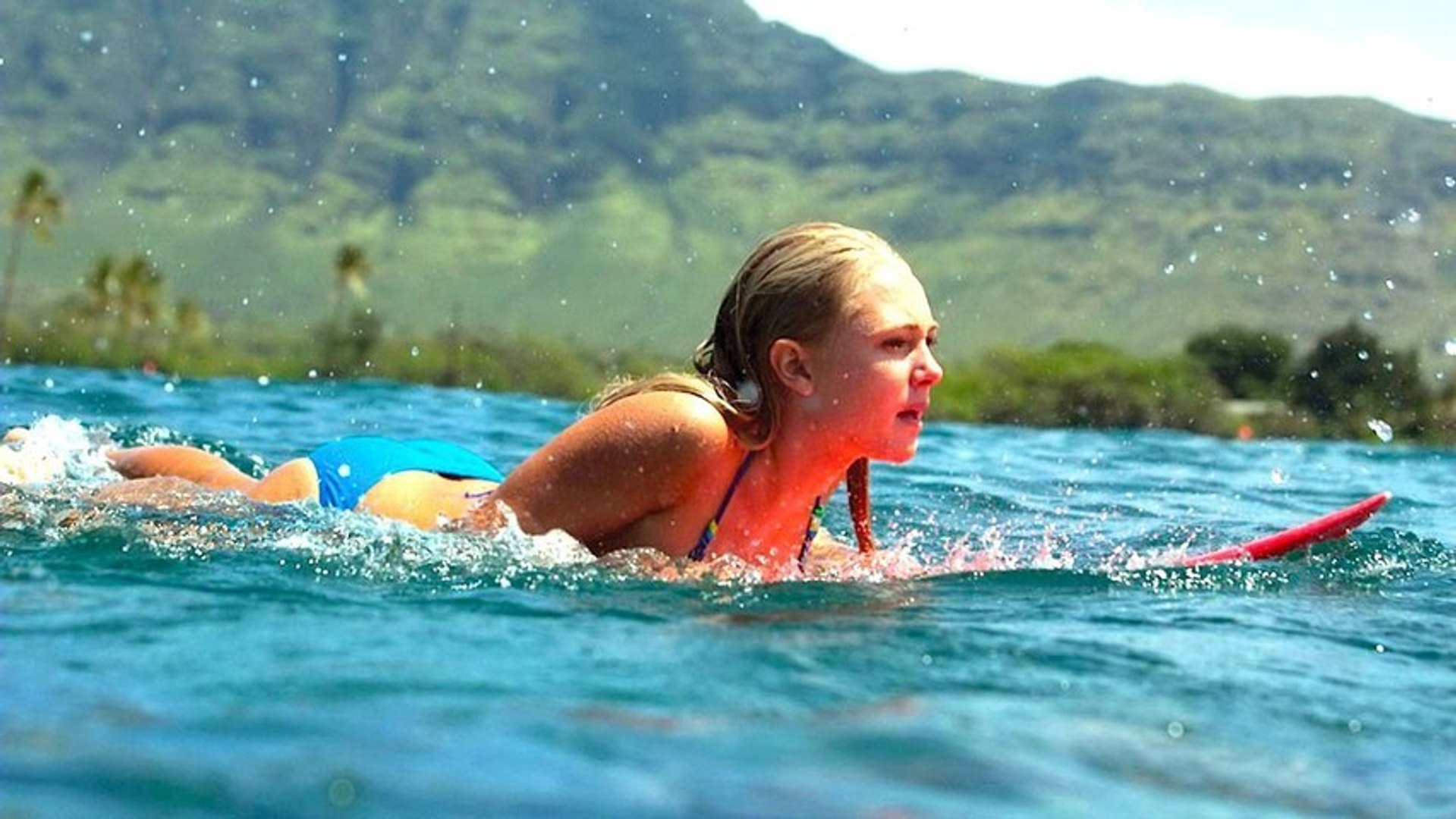 Annasophia Robb Takes On A Shark In Soul Surfer Video Dailymotion