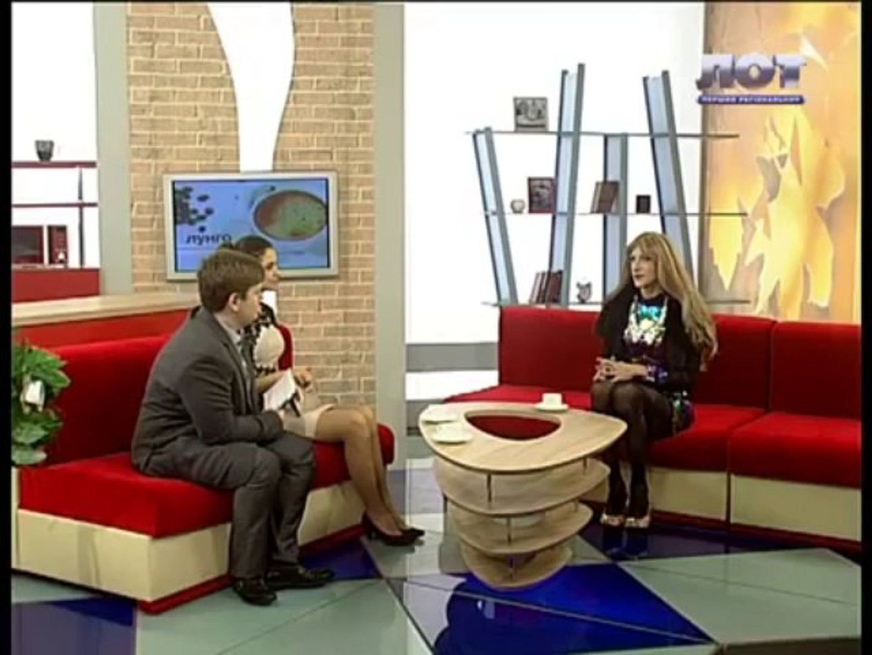 Пародист Дмитрий Черников (травести Дина Love) на ТРК ЛОТ в программе