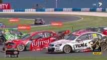 Slow Motion du crash de V8 Supercars 2013