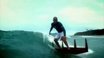 Kelly slater : when a surf legend surf a table