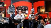 """""""Entre New-York et Hong-Kong"""" de JP BARASTIER en Live au Café du Théâtre avec ses musiciens"""