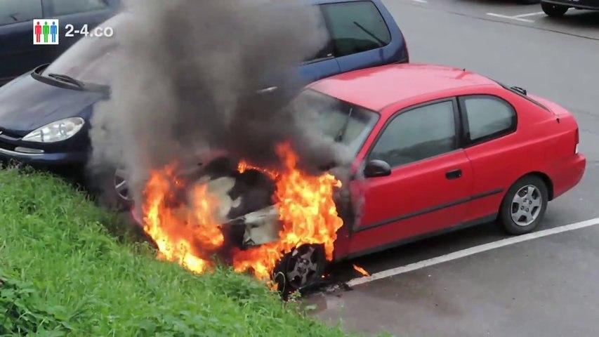 Auto abgefackelt - Studentin Opfer von Brandstiftung