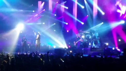 See the lights - Simple Minds - Live in Paris