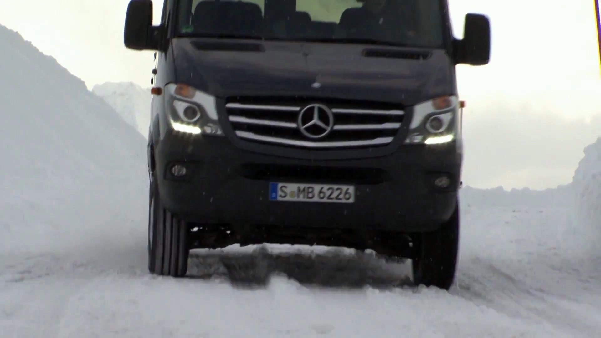 Mercedes-Benz Winter Workshop 2013 - Mercedes-Benz Sprinter 316 BlueTec 4x4