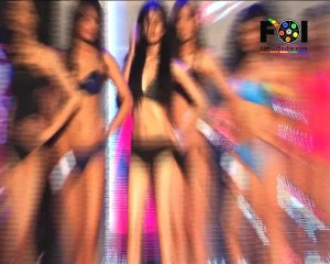 UNCENSORED:Sexy Models Stripping On The Ramp