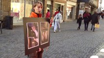 Manifestation contre le gavage des canards à foie gras