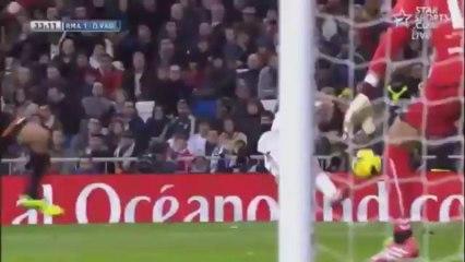 Gareth bale Hat-trick Goals and skills VS real Valladolid 30/11/13
