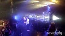 """Skip The Use """"Give me"""" - Zénith de Paris-La Villette - Concert Evergig Live - Son HD"""