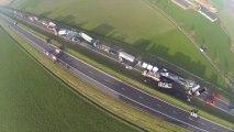 Plus de 130 voitures accidentées sur l'A9 à Zonnebeke: les vues aériennes (03/12/2013)