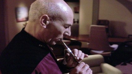 Star Trek: The Next Generation - A Gift