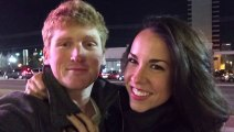 Take photos with passerbies : Selfies With Strangers and look like a couple