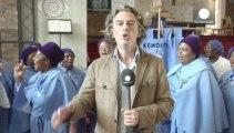 Soweto: la preghiera per Mandela nella chiesa di Regina Mundi,