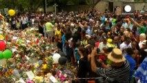 Sudafrica: Jacob Zuma e Winnie Madikizela pregano per Mandela
