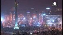 Ucrania: los antidisturbios expulsan a los manifestantes que bloqueaban las sedes del Gobierno y de la Administración Presidencial