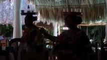 DANSES TRADITIONNELLES A CHICHEN ITZA  – ÉTAT DU YUCATAN –  (MEXIQUE)  LE 23 NOVEMBRE 2013