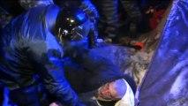 Police clash with anti-government protestors in Ukraine