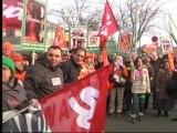 Nord: les employés de la Redoute manifestent pour des garanties sur l'emploi - 13/12