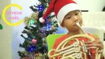 Baby Buzz n°3 : les enfants chantent Petit Papa Noël et Jingle Bells
