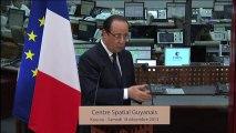 François Hollande visite le Centre spatial guyanais