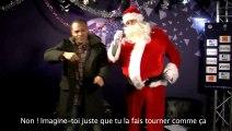 Martin Braithwaite donne des cours de danse au Père Noël