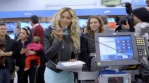 In the spirit of giving, Beyonce gives Walmart shoppers $50 gift cards