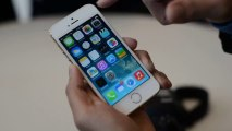 Amazon Hot Deals Apple iPhone 5S Hands On Gold Unlocked Review