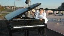 Piyano İle Eserler KIRMIZI GÜLÜN ALI VAR Atatürk SEVDİĞİ ŞARKI TÜRKÜ video Gül Ders Gül Al Kırmızı Ana Sayfa Forumlar Duygu Seli Makale yazılar Komik yazılar Hikayesi Savas zamani asker bordo çiçek demet  gunes pianist Piyano caz nedir Resitali çal tarih
