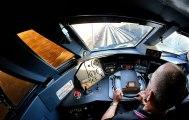 Dans la cabine de pilotage du TGV-Est entre Metz et Paris