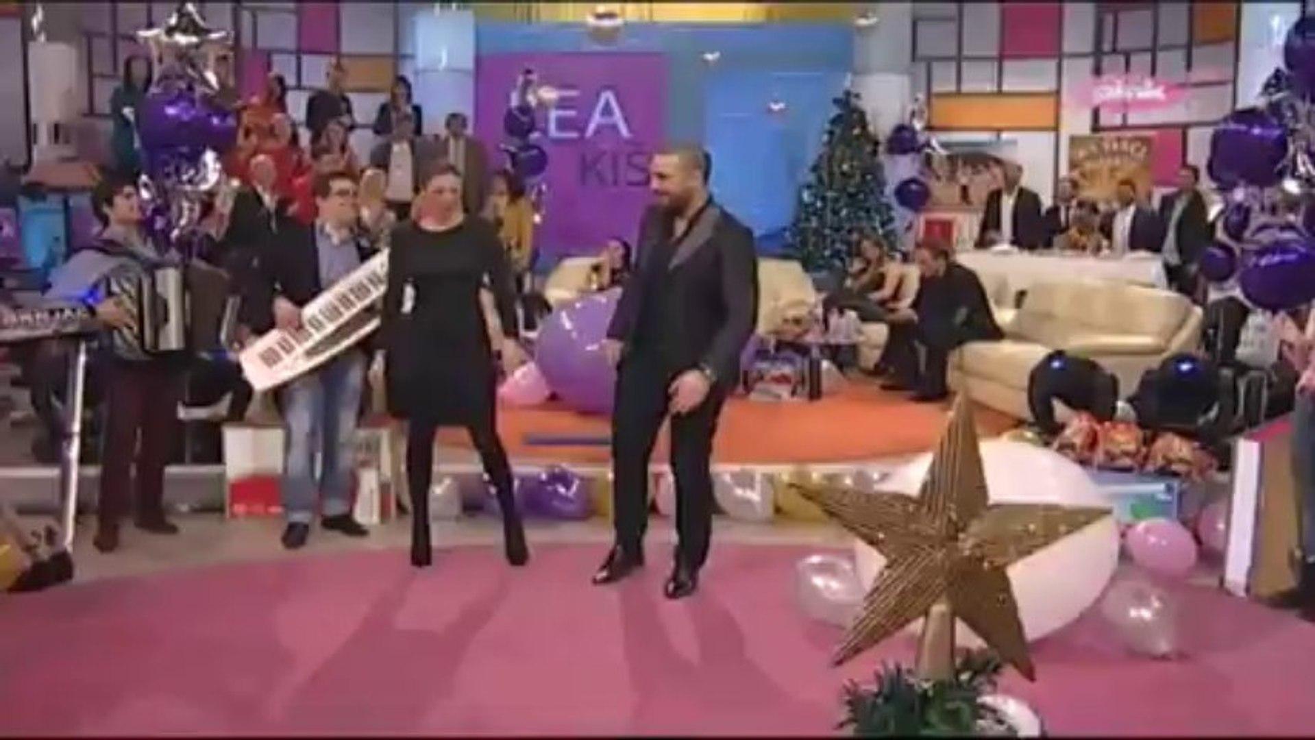 Sasa Kapor - Hotel Jugoslavija - (Vikend Vizija) - (TV Pink 28.12.2013)