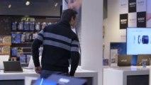 Insolite : Andrés Iniesta en vendeur de téléphones !