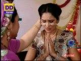Bin Bitiya Aangan Suna 27th December 2013 Video Watch Online pt2