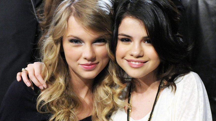 Top 5 Moments From Taylor Swift Selena GomezFacetime. http://bit.ly/2BuUAGT