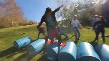 Nouveau sport extrême : le surf sur barils...