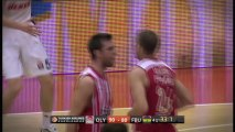 Dunk of the night: Matt Lojeski, Olympiacos Piraeus