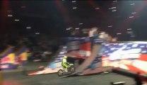 Terrible Accident de motocross pendant le Nitro Circus - Double backflip raté.