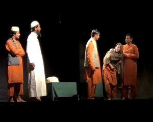 A scene from 'Kirchi Kirchi Karachi'
